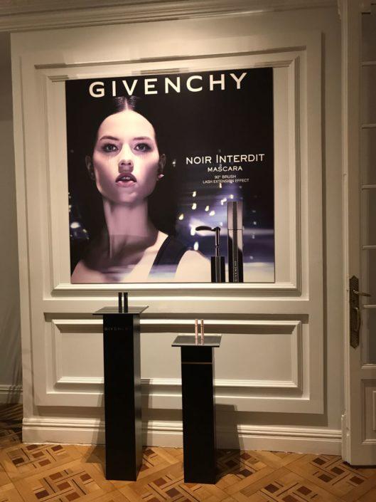 Trabajo para Givenchy